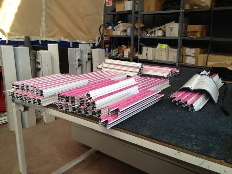 Carpinter a de aluminio madrid ventanas puertas 918862209 for Carpinteria de aluminio en madrid