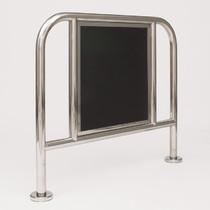mobiliario de acero inoxidable
